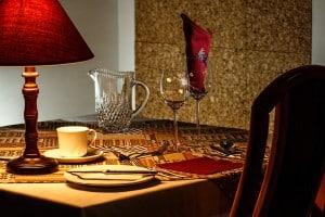 dinner-table-444434_960_720